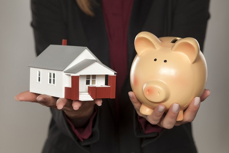 Tom Anderson, pay off mortgage or invest